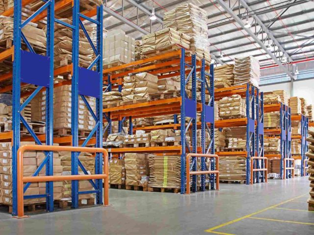 http://atlaslogistics.co.in/wp-content/uploads/2015/09/Warehouse-640x480.jpg